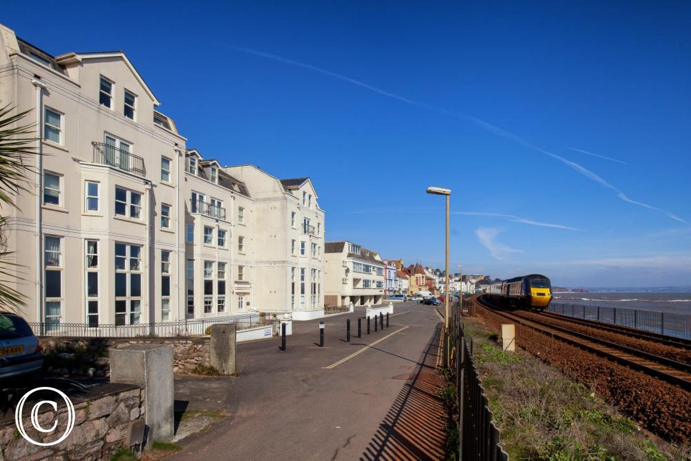 Self-Catering Holiday Apartment on Dawlish Seafront at 16 Great Cliff in Dawlish, South Devon