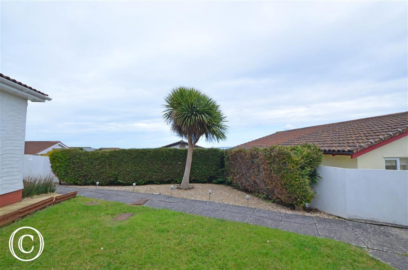 Set quietly among similar properties, the bungalow is within easy reach of all the facilities of the seaside village of Westward Ho!