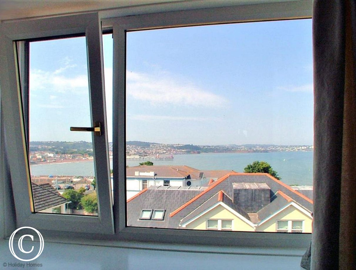 Stanley Apt 1 Paignton - Bedroom 2 Sea View to Paignton
