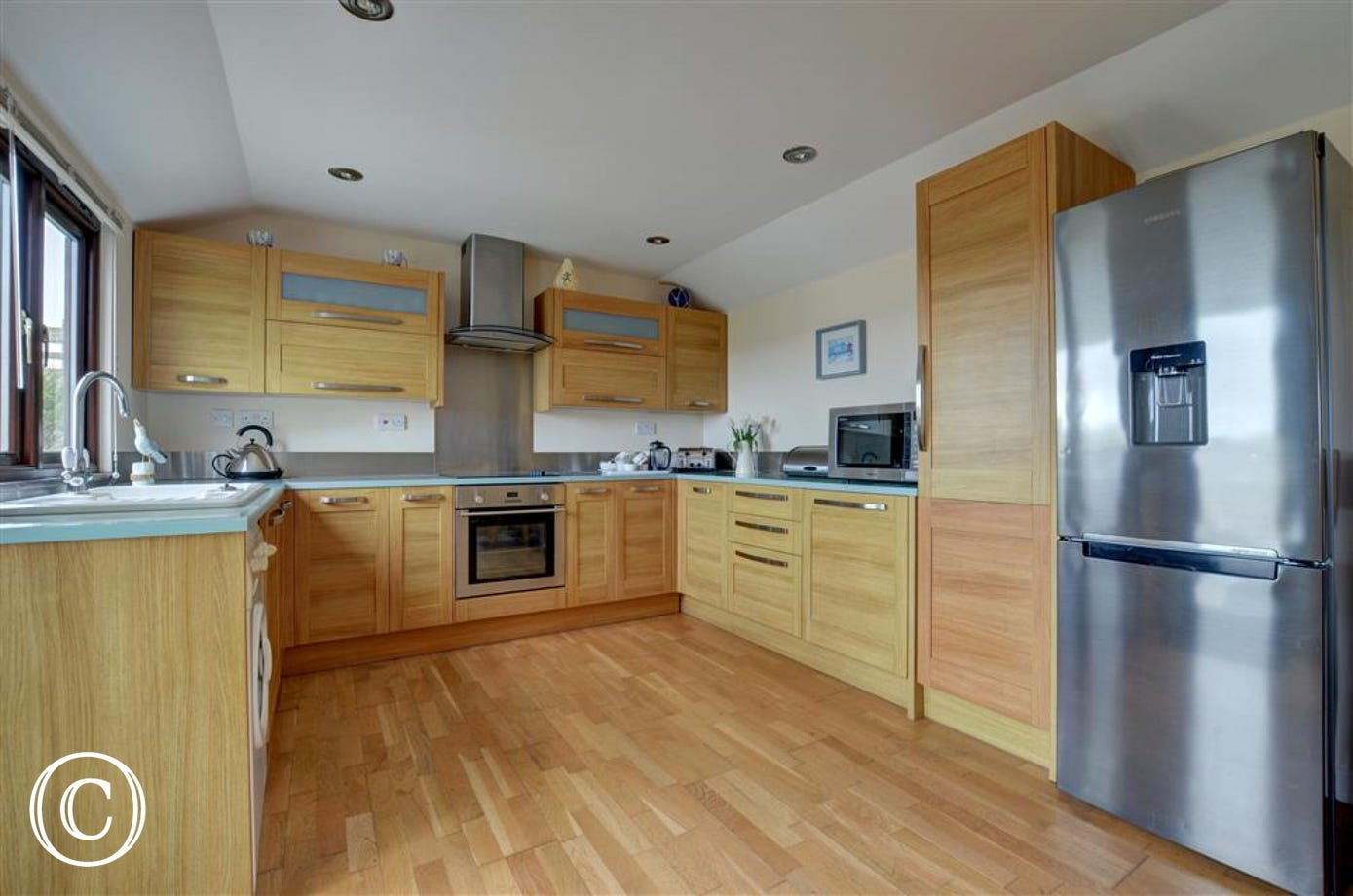Good sized kitchen with everything you need for your holiday