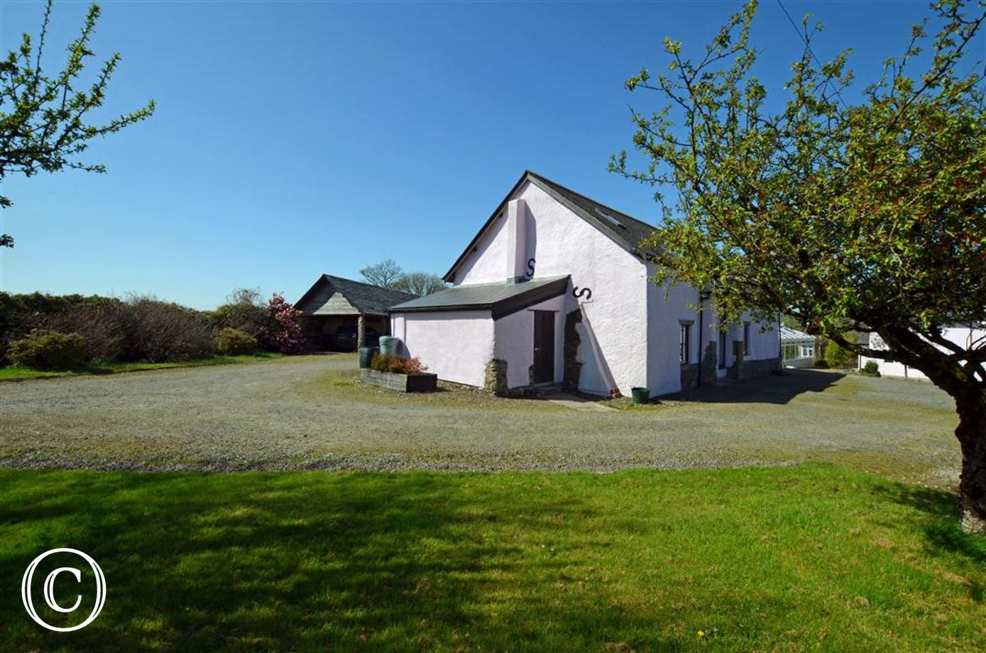 One of only two delightful barn conversion cottages quietly situated in the rural heartland of North Devon