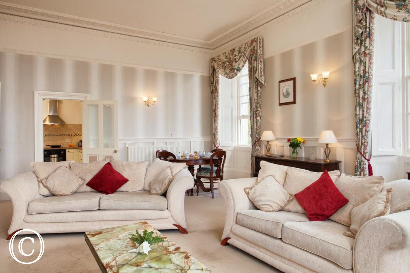 Meadfoot Beach Apartment, Torquay - Sofas in the lounge