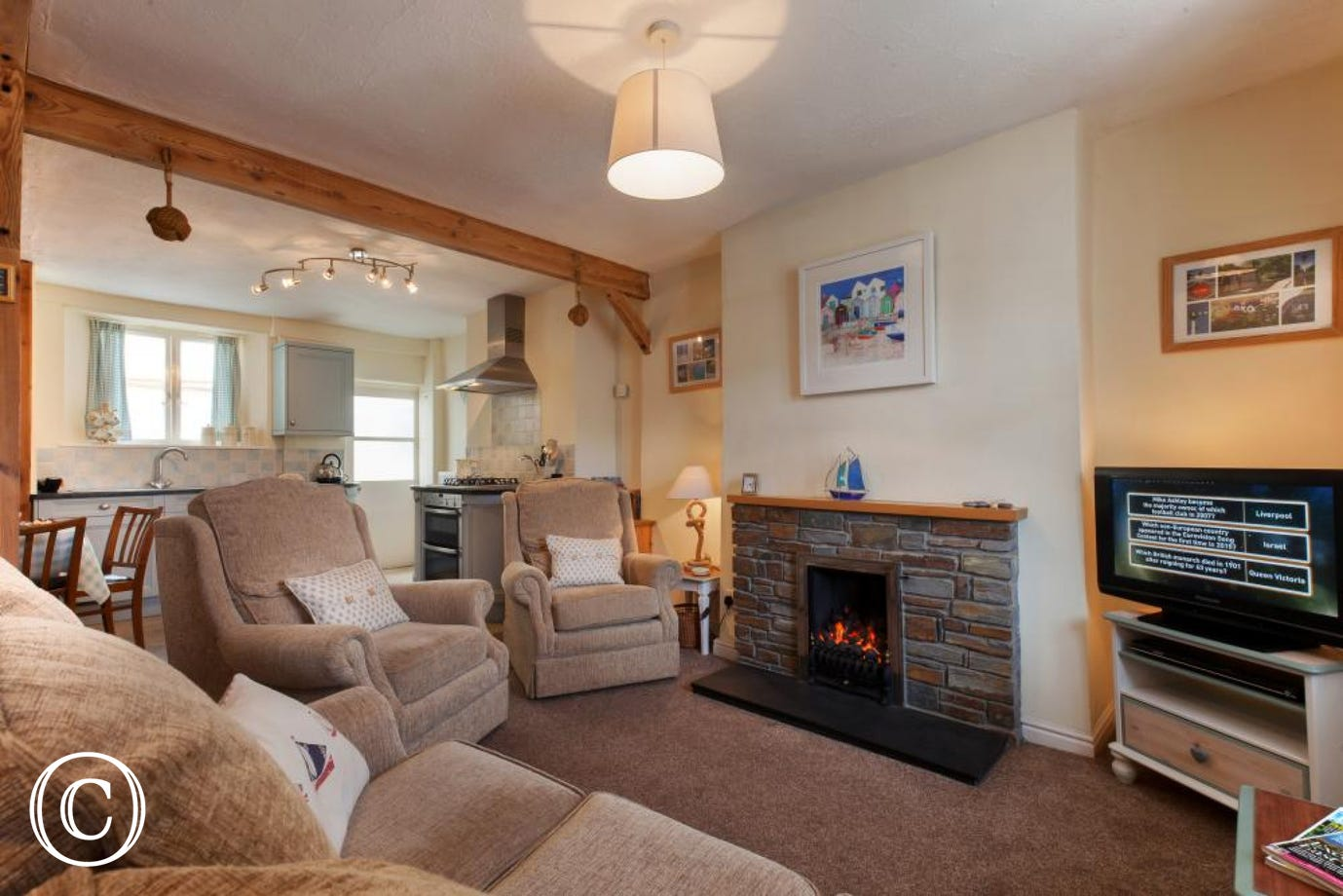 open plan living area with HD TV in Shaldon holiday cottage