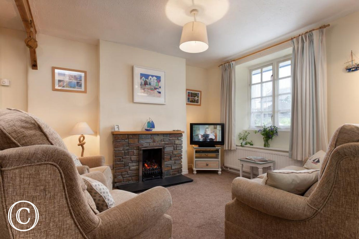 Seaside decoration at this family holiday home just minutes walk from central Shaldon village