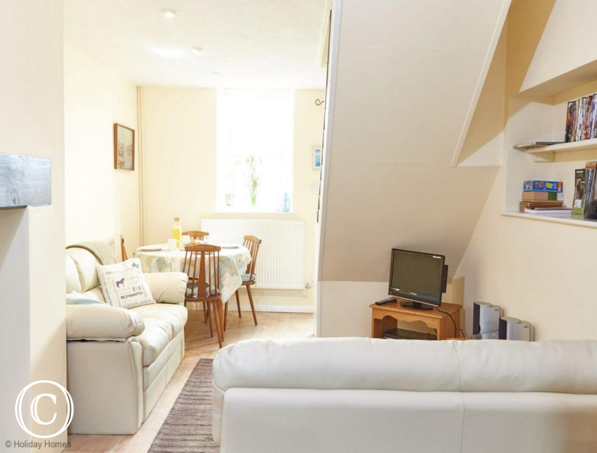 Quayside Cottage Teignmouth - Open plan living room