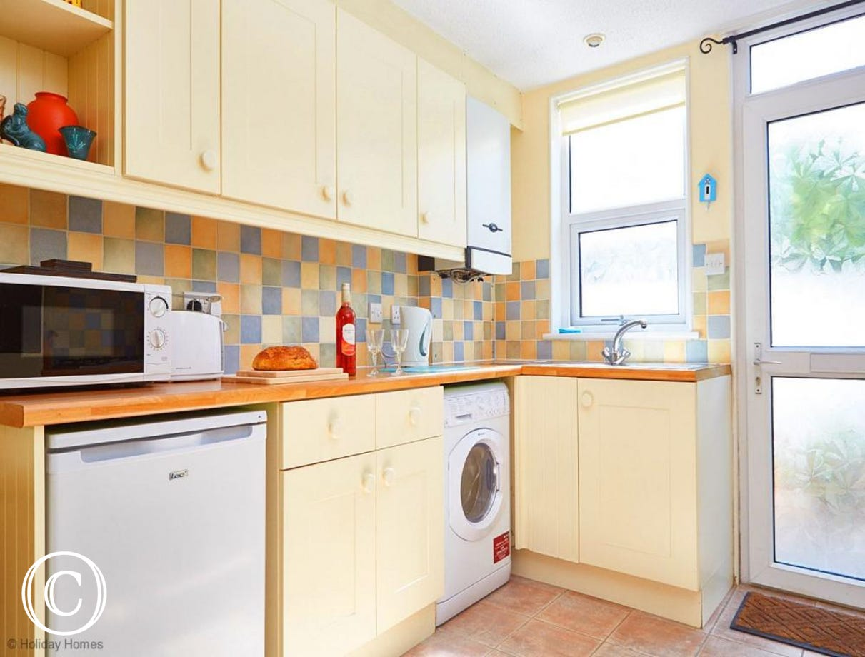 Quayside Cottage Teignmouth - Kitchen