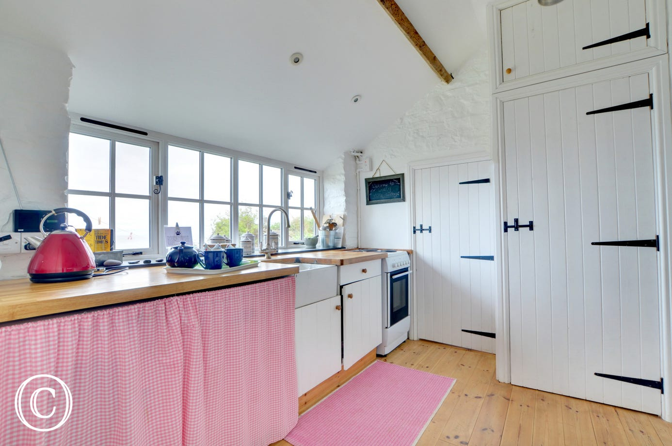 The kitchen has tremendous views from the windows, hard to take your eyes off whilst cooking!