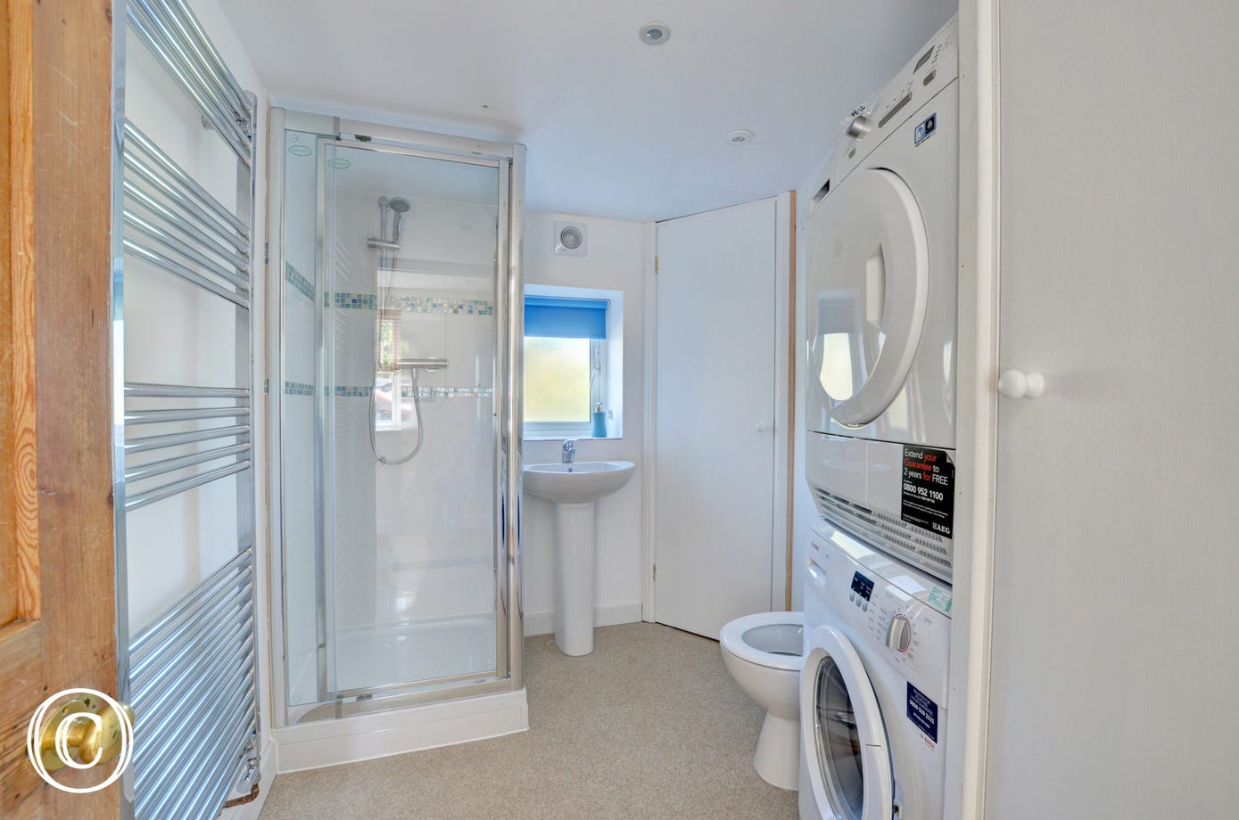 Shower room with washer/dryer