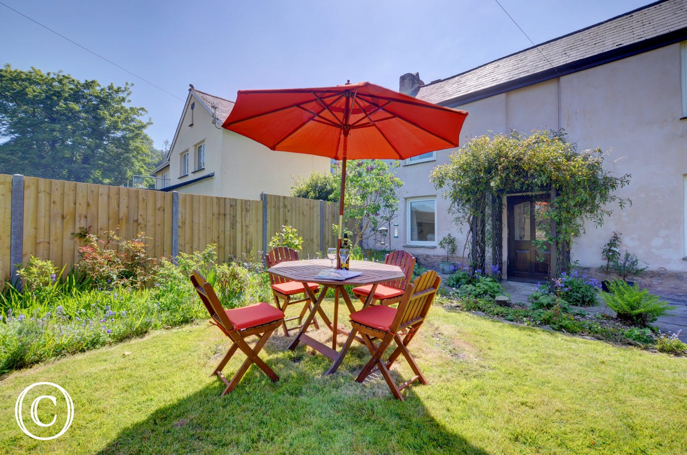 A barbecue is provided so 'al fresco' meals may well feature during your holiday
