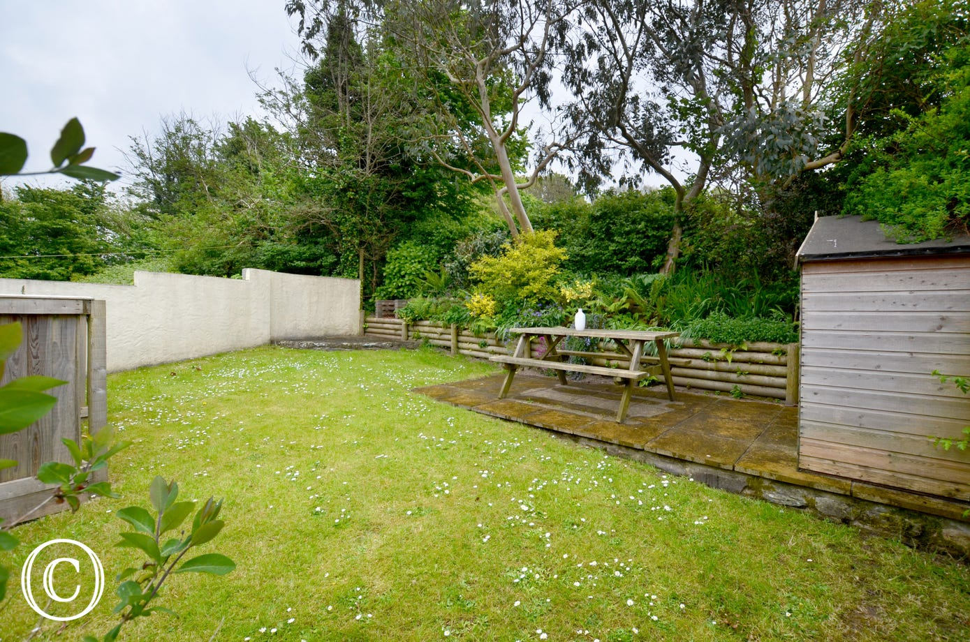 Good sized enclosed garden, ideal for enjoying a BBQ together