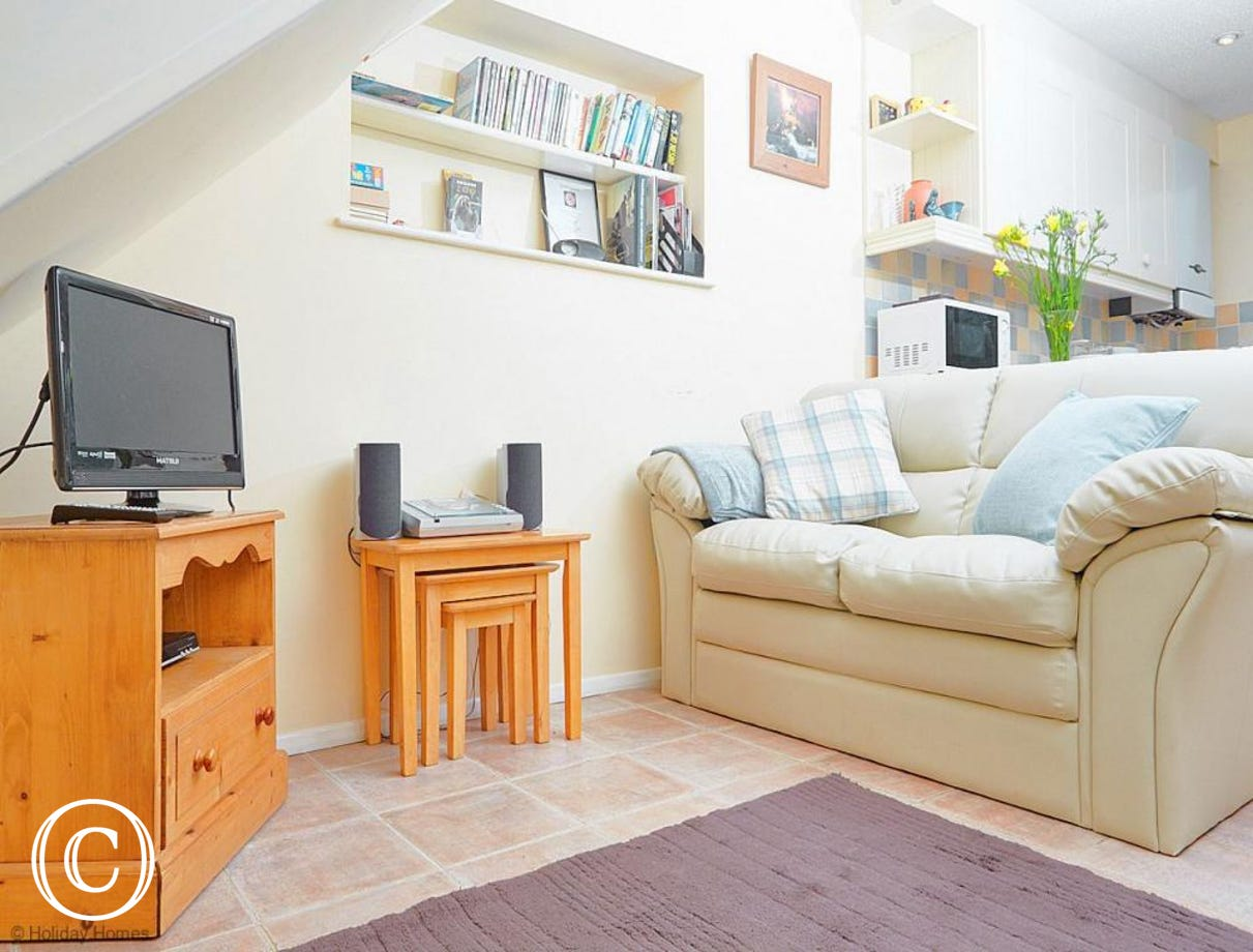 Quayside Cottage Teignmouth - Living room