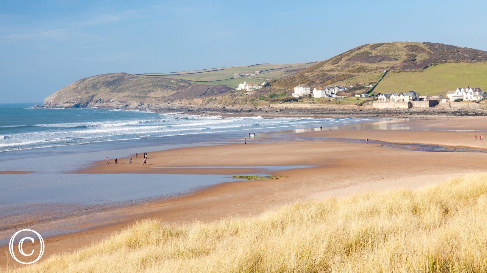 Beautiful Croyde beach is popular with surfers of all abilities