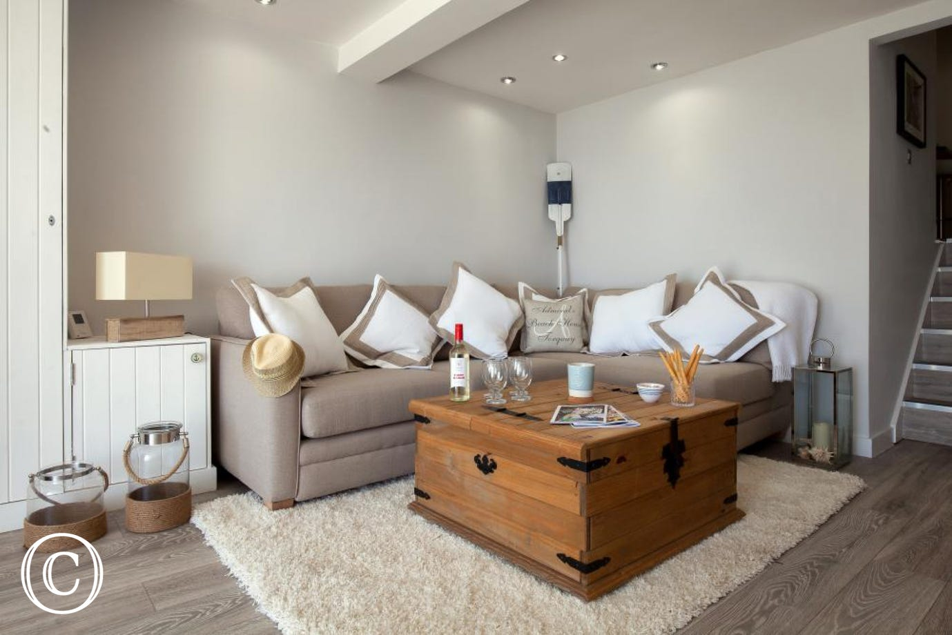 A Charming nautical themed central Torquay holiday apartment