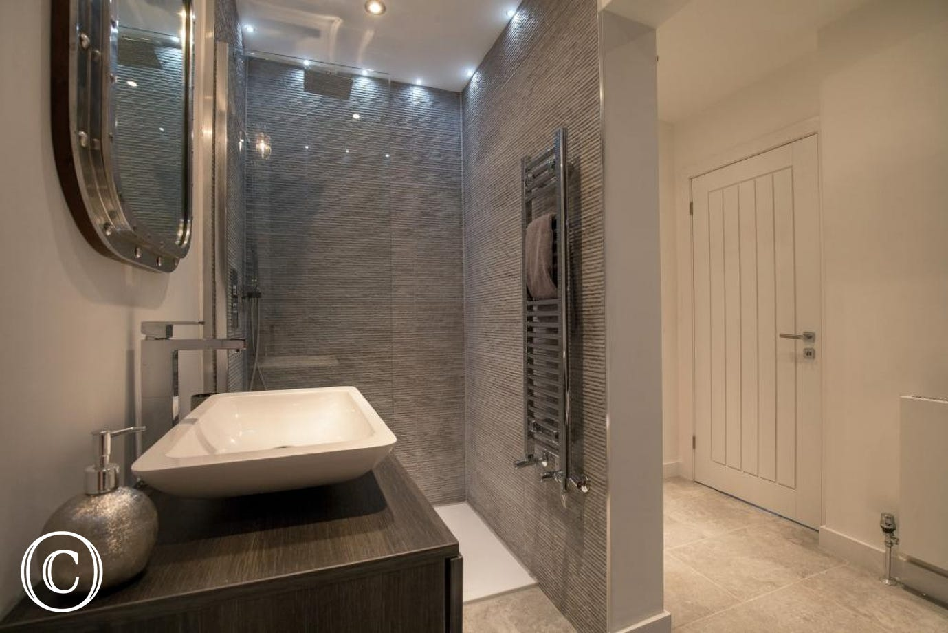 Beautiful Modern Bathroom with Separate Shower in Torbay Holiday Apartment at Bayfort Mansions in Central Torquay