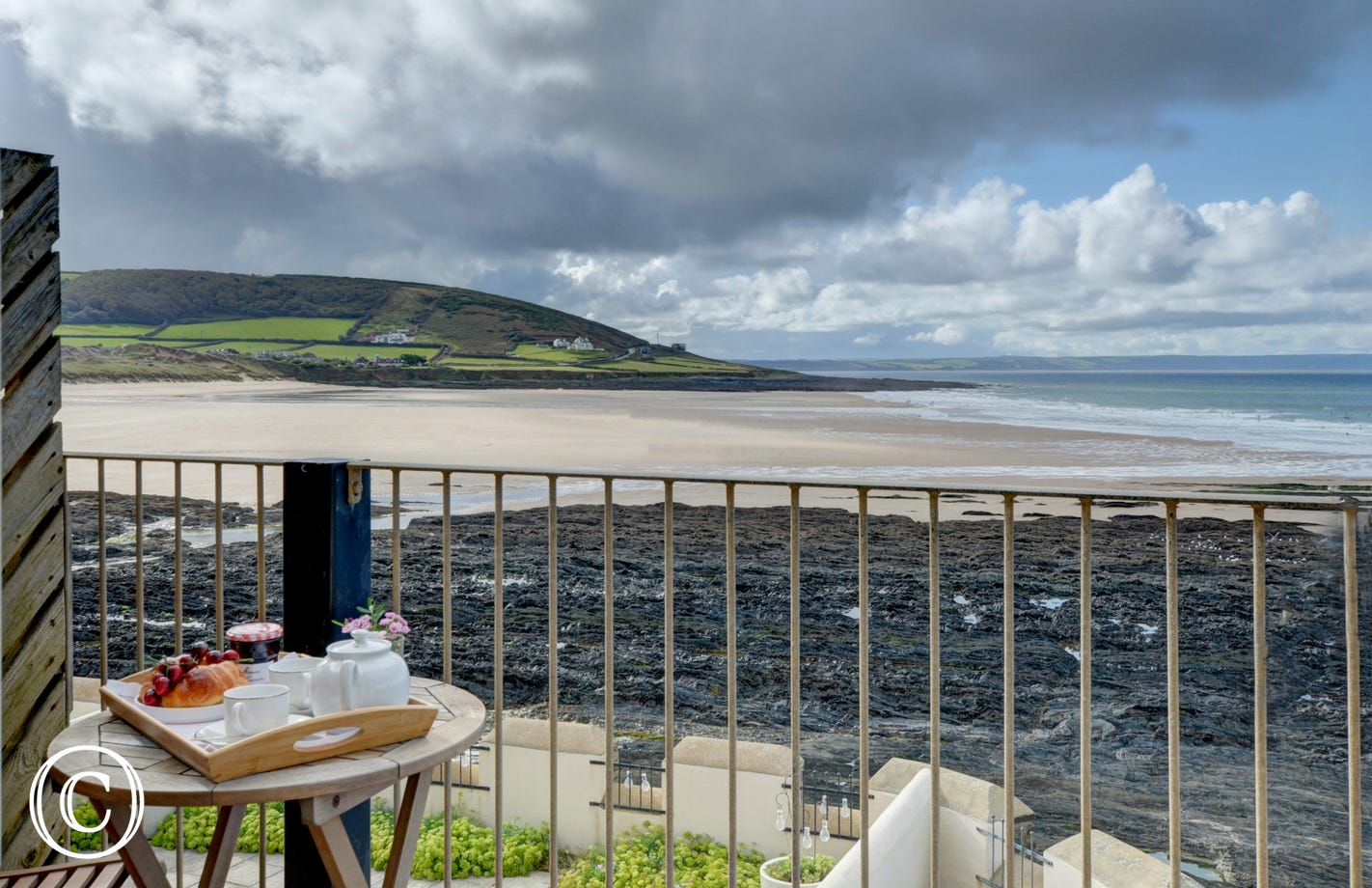 Sea views surely do not get any better than from this superb home situated right on the edge of the ocean