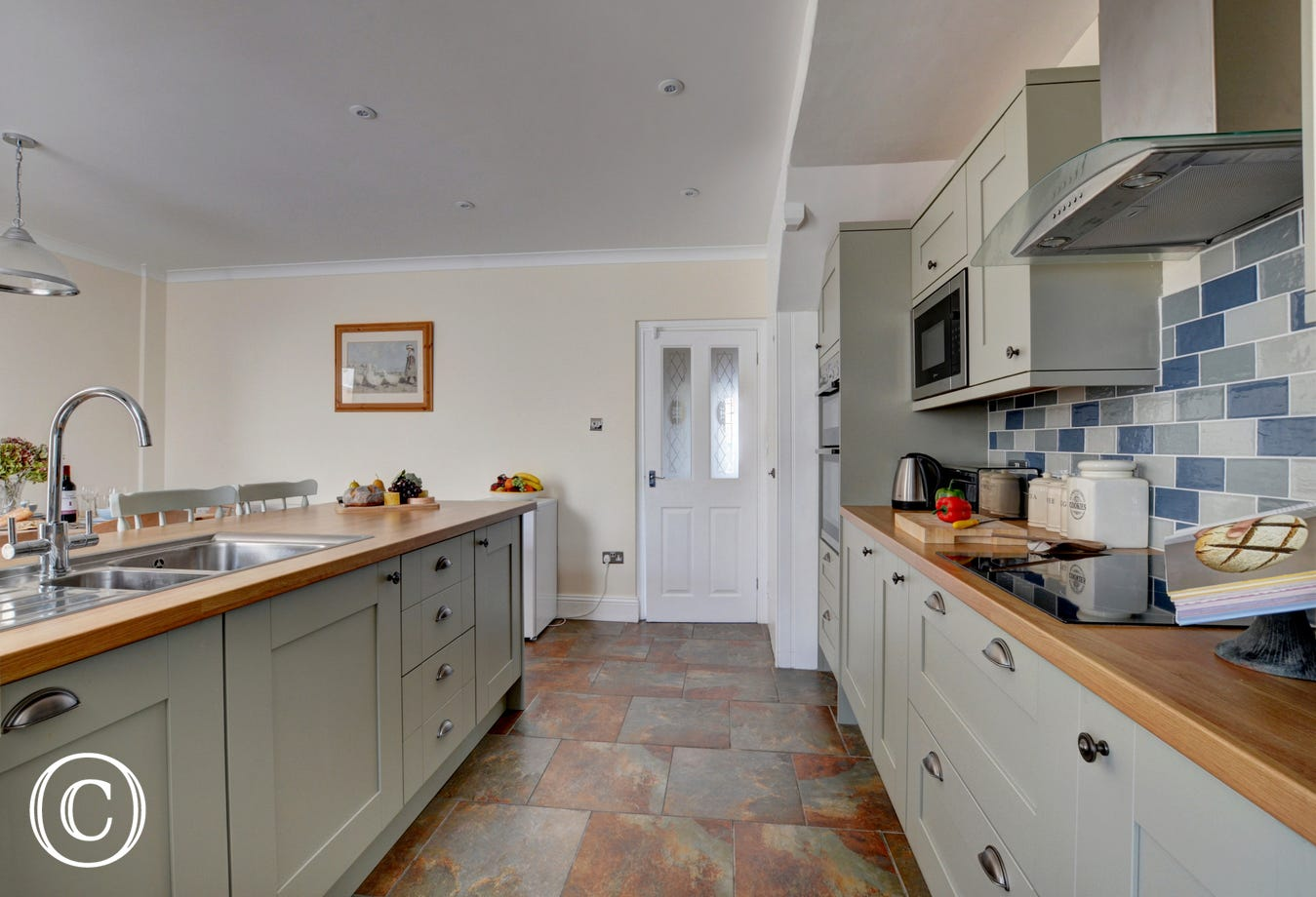 Lots of space in the kitchen to entertain friends and family