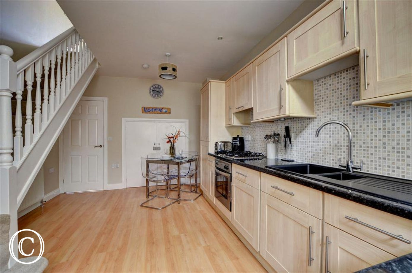 Spacious kitchen and dining area, very comfortable for two!