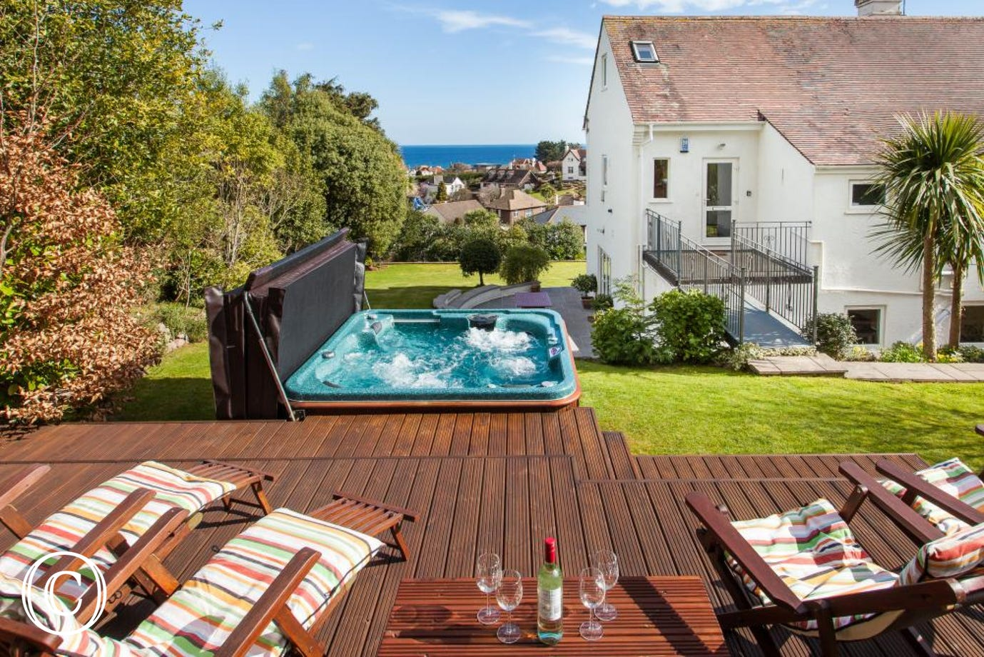 Self-Catering Torquay Apartment with Private Gardens and Private Hot Tub!