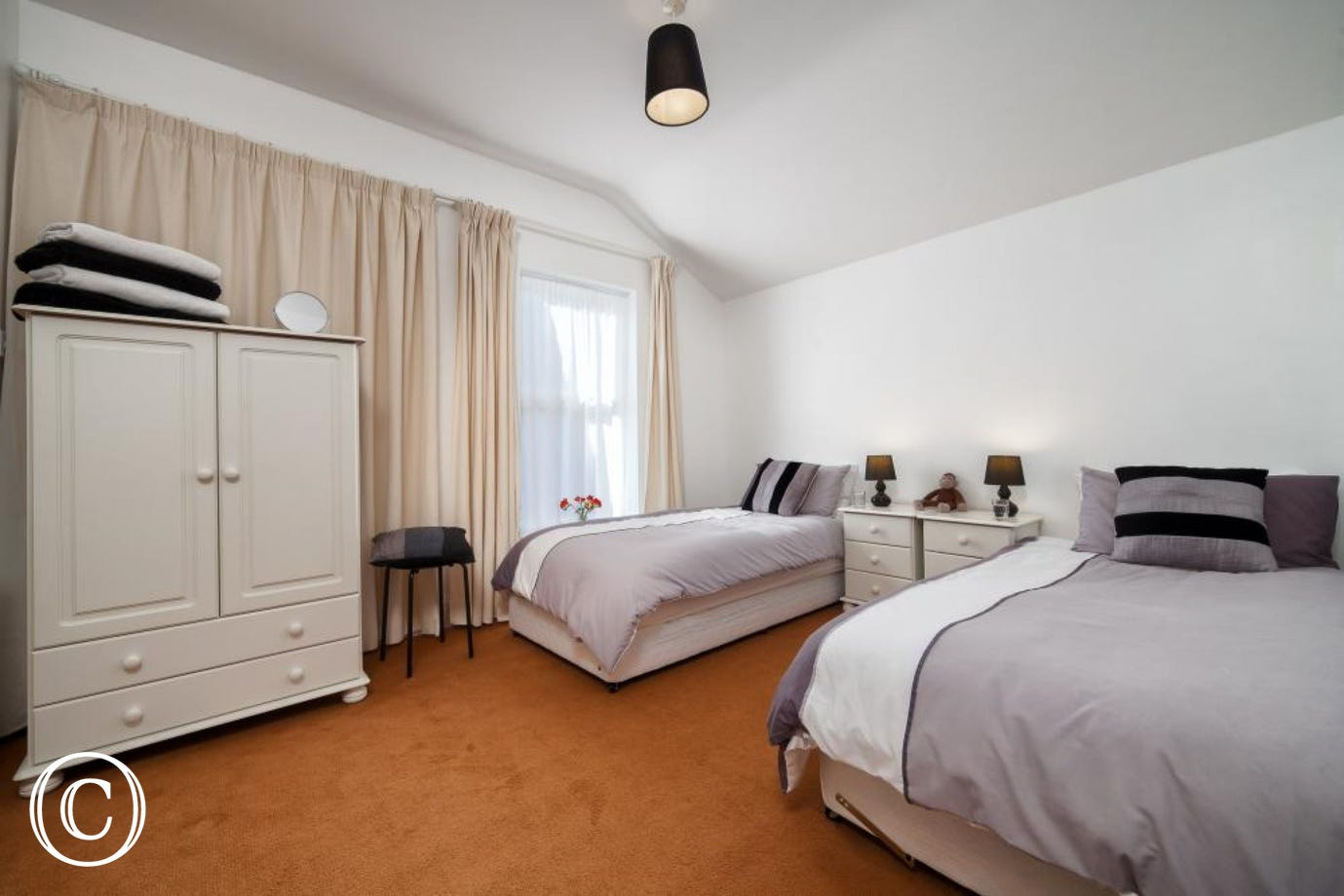 Twin Bedroom, Perfect for Family Seaside Breaks in Torquay, Paignton, Torbay and Devon