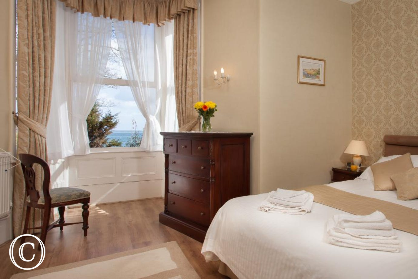 Meadfoot Beach Apartment, Torquay - Bedroom