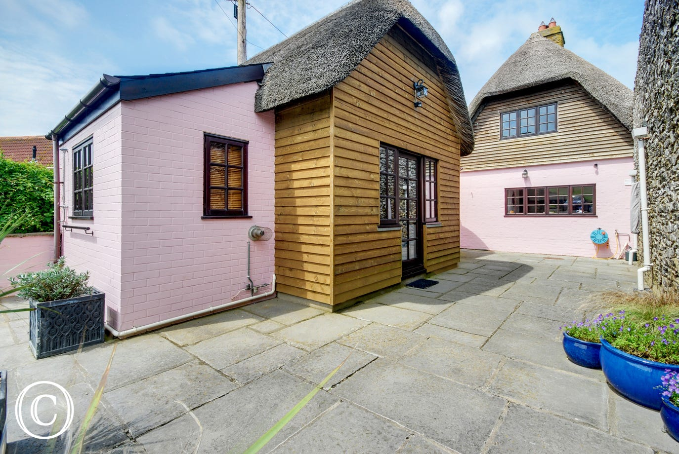 Completely separate self contained annexe only a few feet away from the main cottage entrance