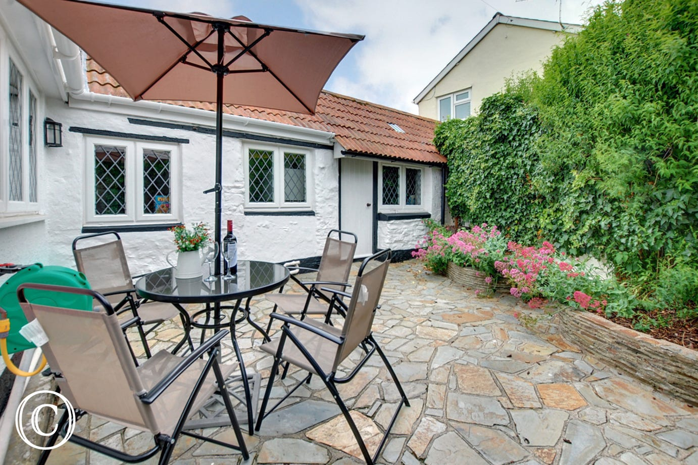 The cottage has an enclosed garden which is ideal for your pet
