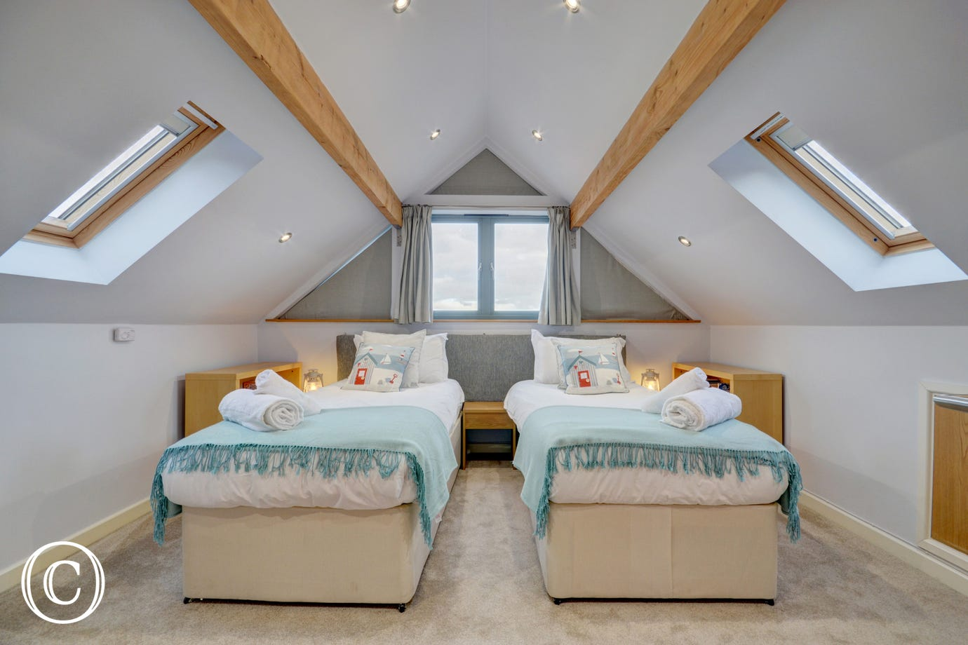 Twin bedroom on the top floor with stunning views