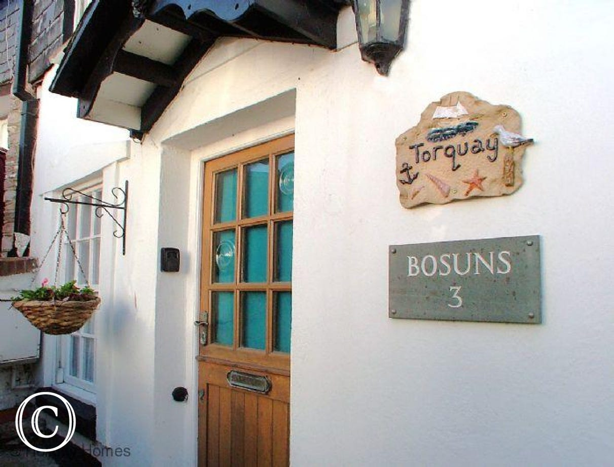 Bosuns Cottage - Charming Traditional Cottage
