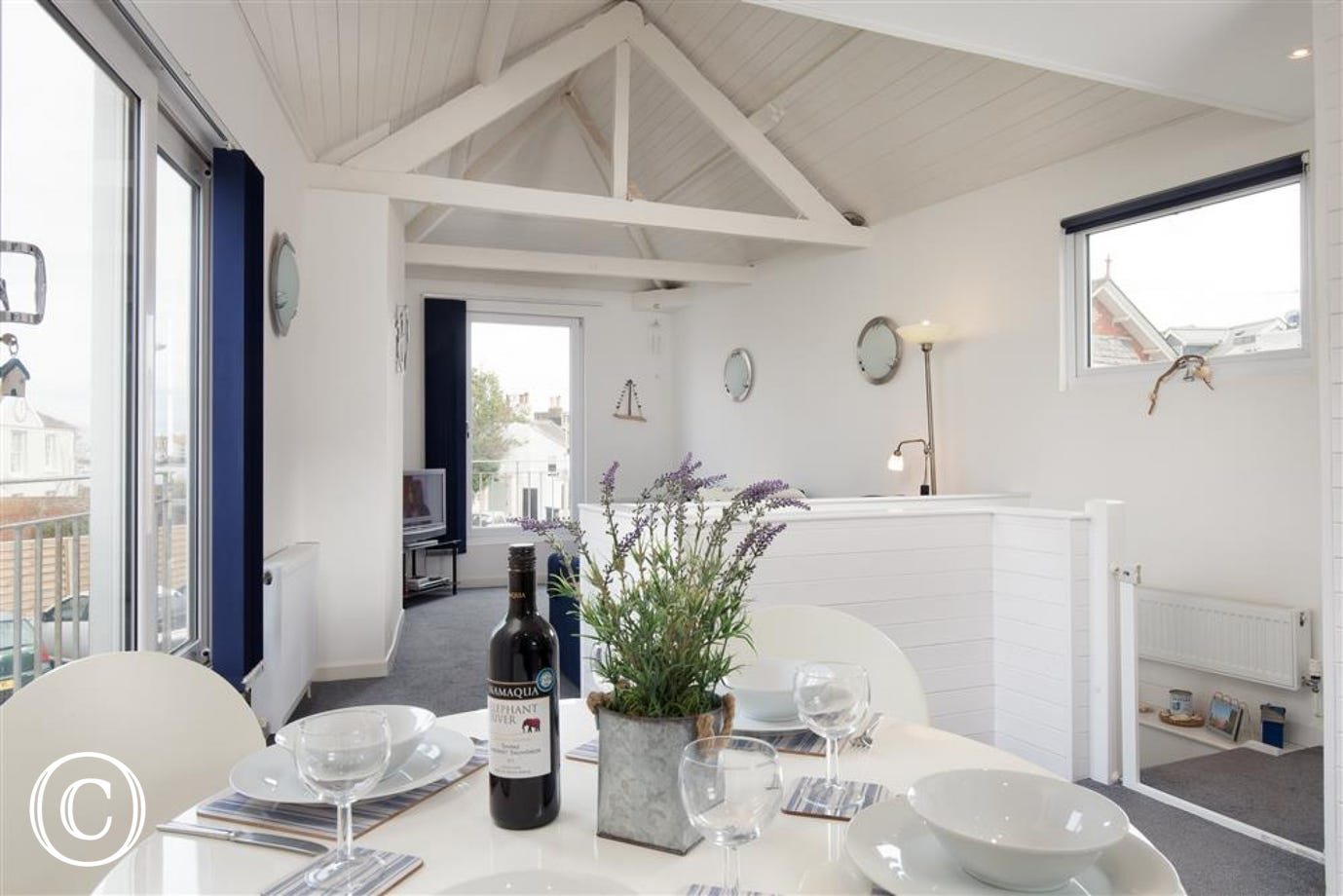 Oyster Cottage, Shaldon - Charming kitchen