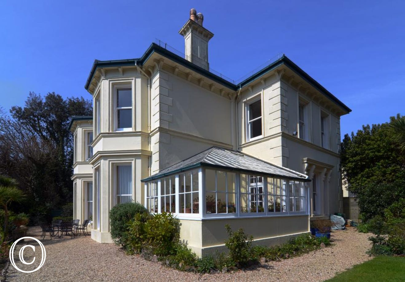 Longcroft House, Torquay - Exterior of property with conservatory