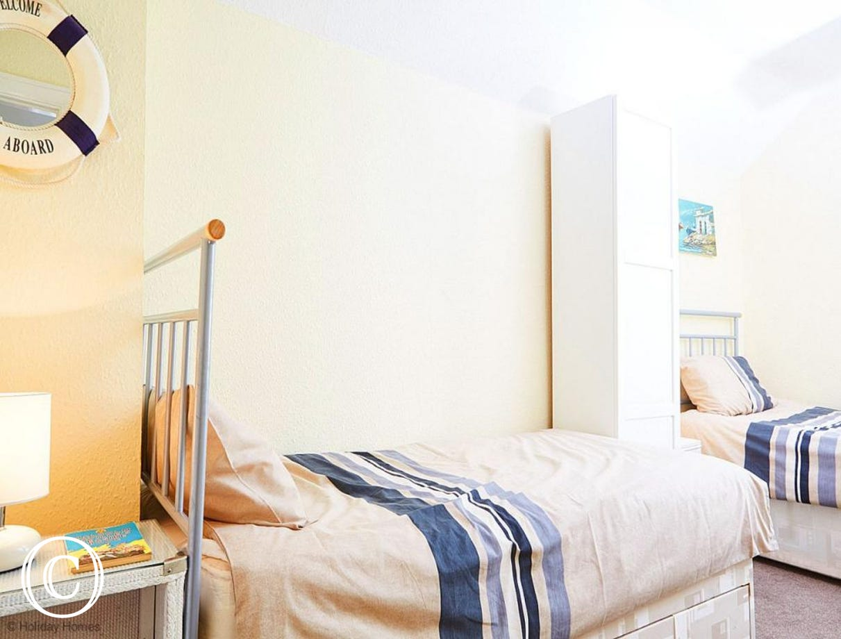 Quayside Cottage Teignmouth - Twin Bedroom