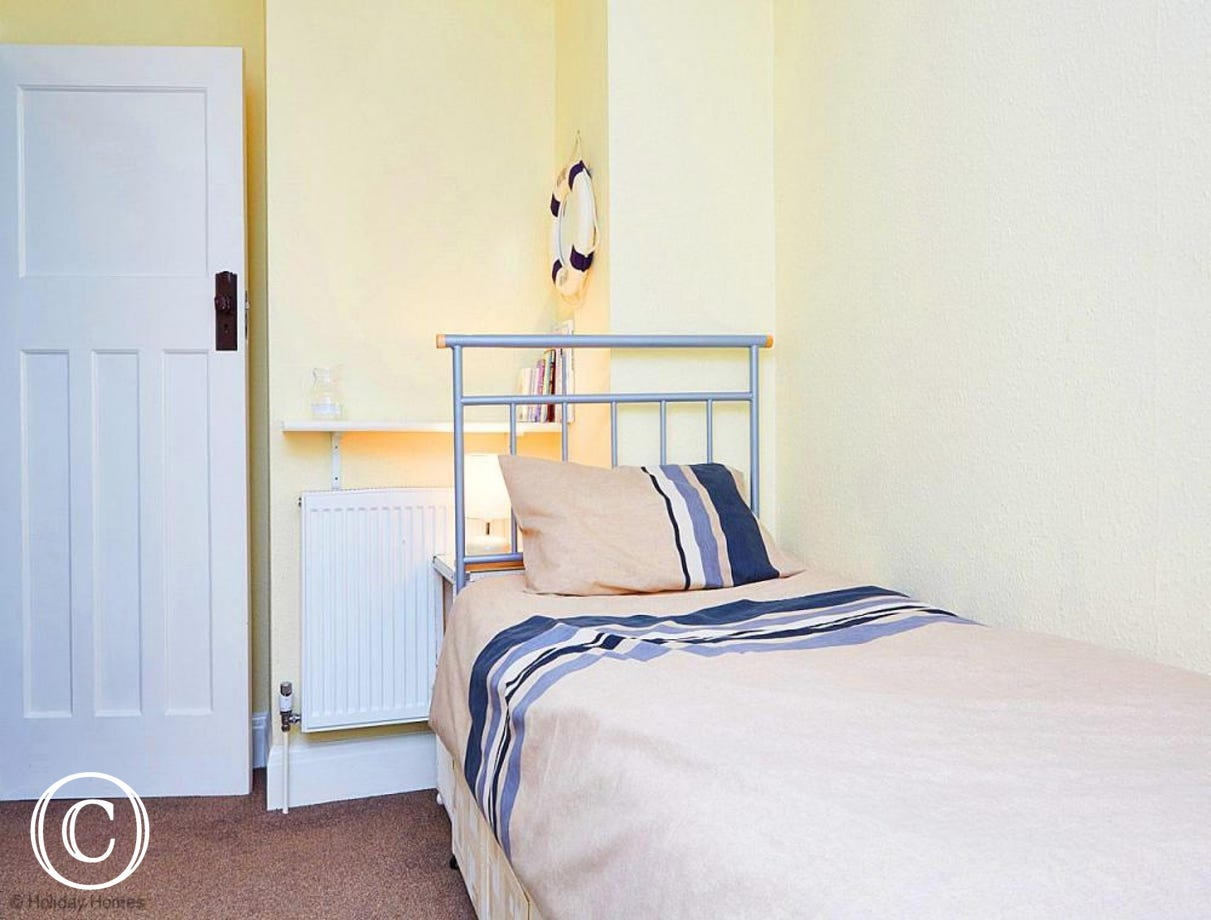 Quayside Cottage Teignmouth - Twin Bedroom 3