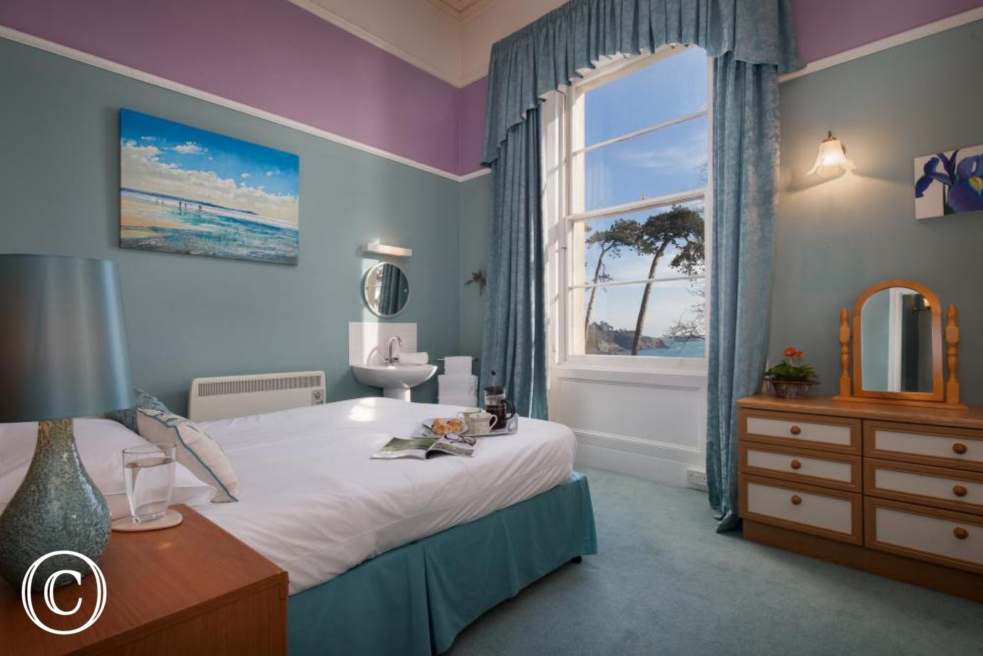 wake up to views over the Torquay coastline and Meadfoot Beach