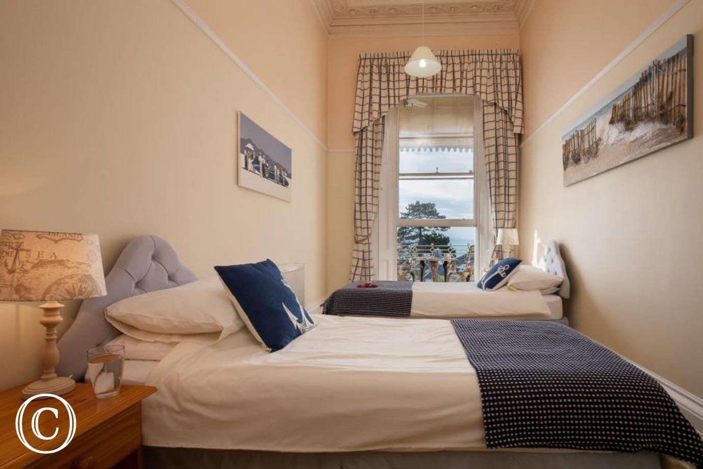 Sea view twin bedroom, ideal for children and family self-catering breaks