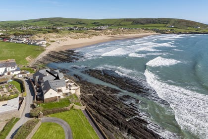 Situated a stones throw from Croyde beach