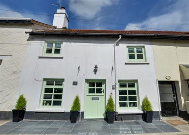 Situated in the conservation area of the popular and vibrant village of Braunton