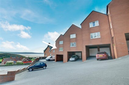 The property directly overlooks the award winning beach resort of Woolacombe