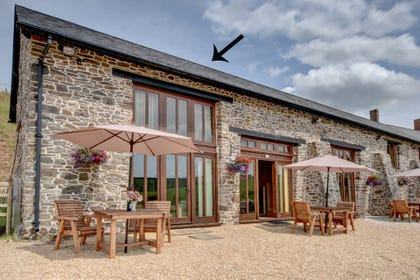 Surprising Cottages With Hot Tubs Or Pools Marsdens Devon Cottages Interior Design Ideas Tzicisoteloinfo