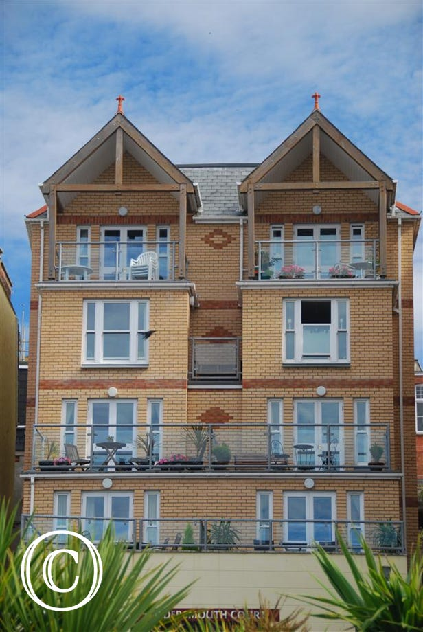 A fourth floor apartment on Ilfracombe's promenade with outstanding views to Capstone Hill and out to sea