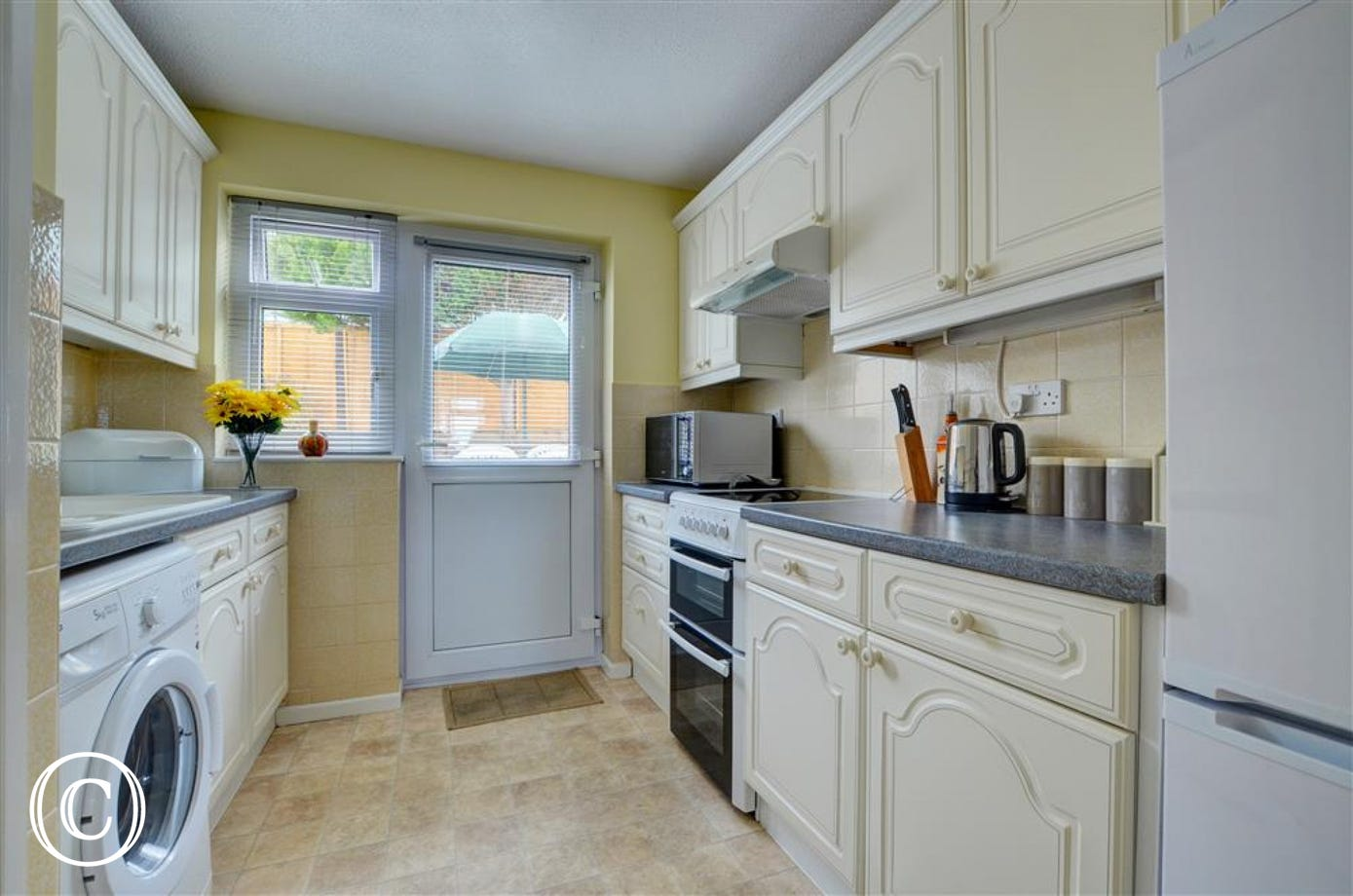 The well equipped kitchen which offers all you will need for dining in