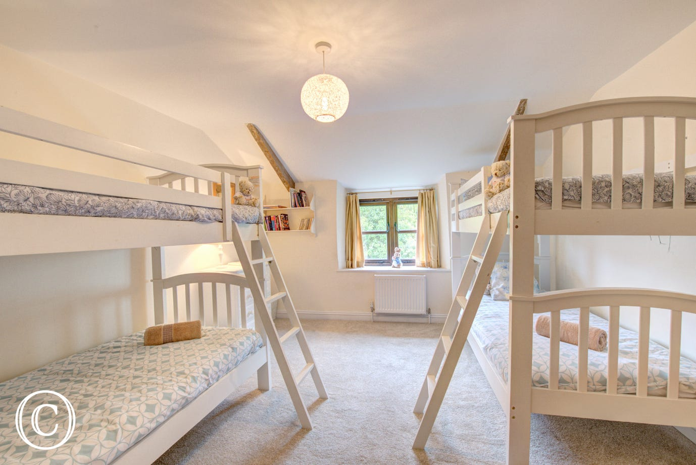 The children will love the bunk room