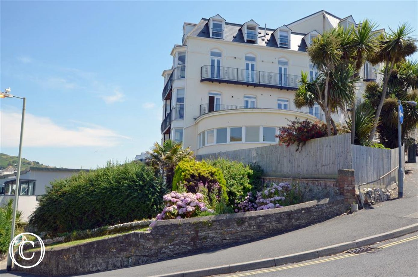Balmoral is minutes from the sea, shops, bars and restaurants - a perfect location!