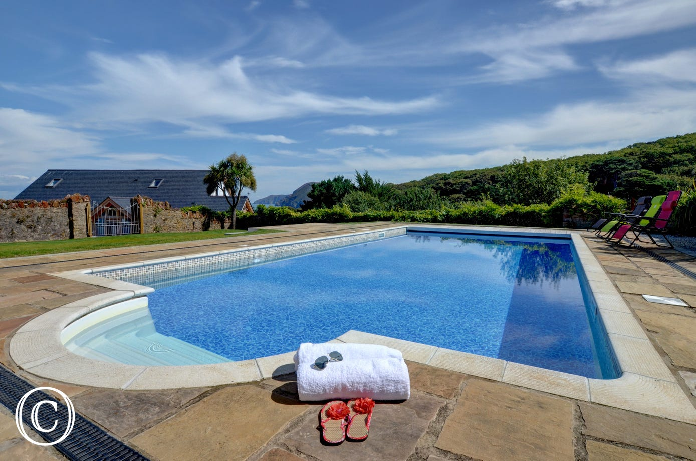 Whimbrels has its own heated outdoor swimming pool in a secluded, enclosed setting enjoying splendid views over the coastline
