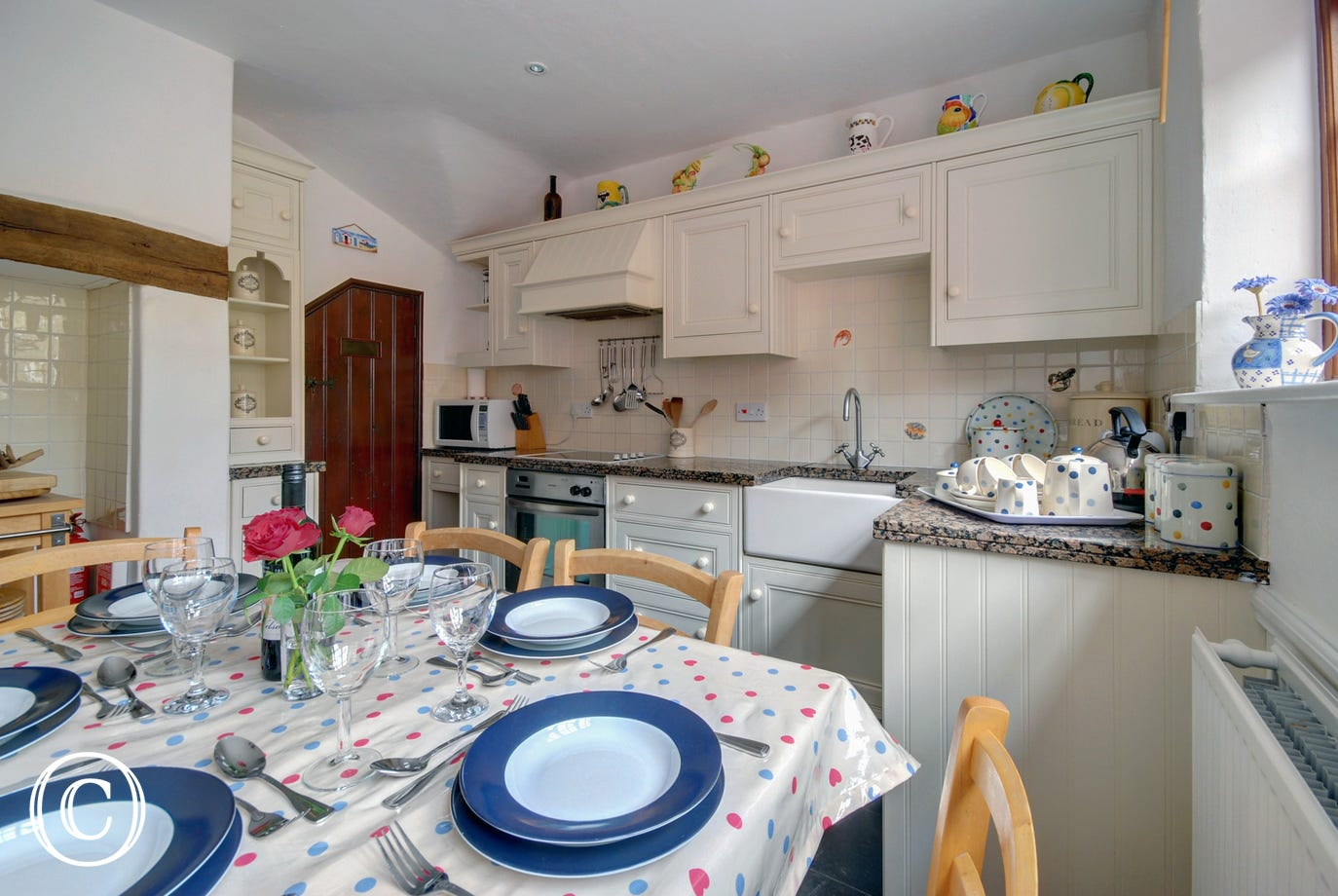 Enjoy meals together in the cosy country kitchen