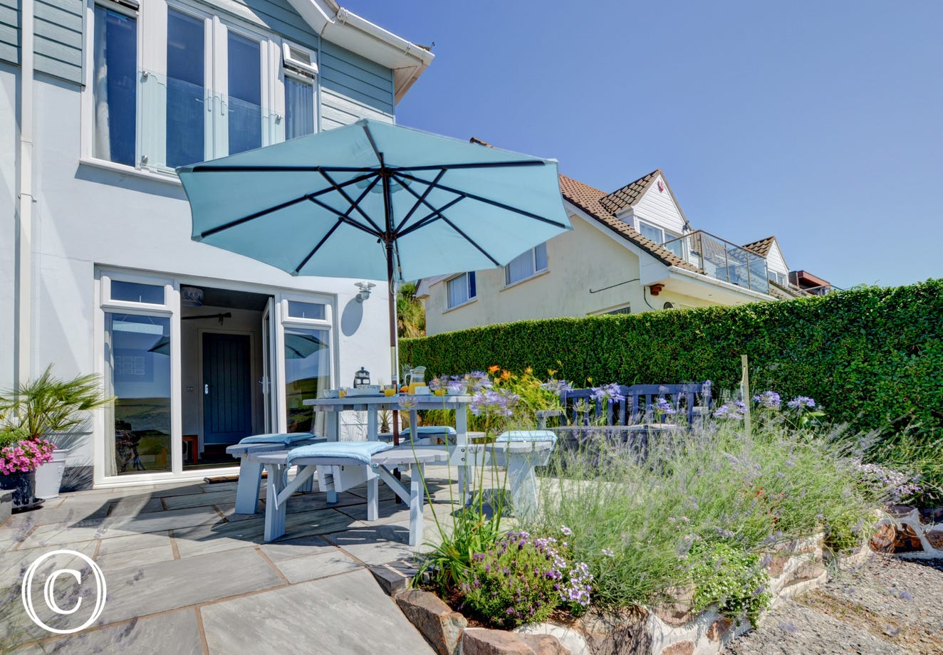 Situated in a most sort after location just a short walk to the award winning surfing beach of Woolacombe