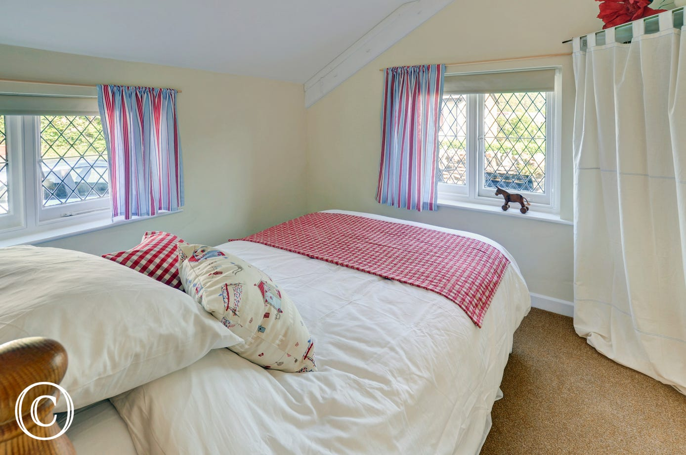 The pretty second bedroom with double bed