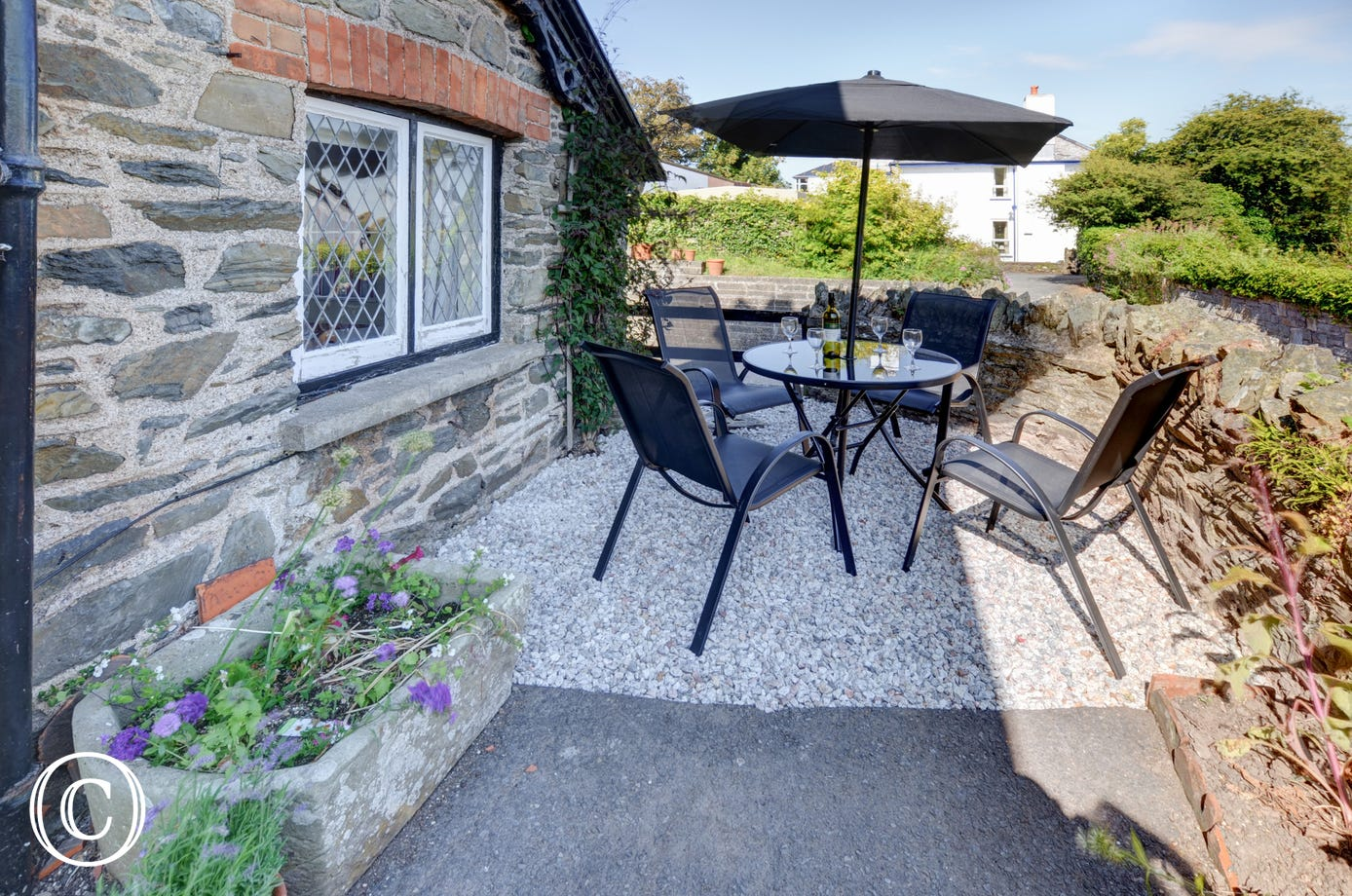 The patio area is ideal for alfresco dining on warm barmy evenings