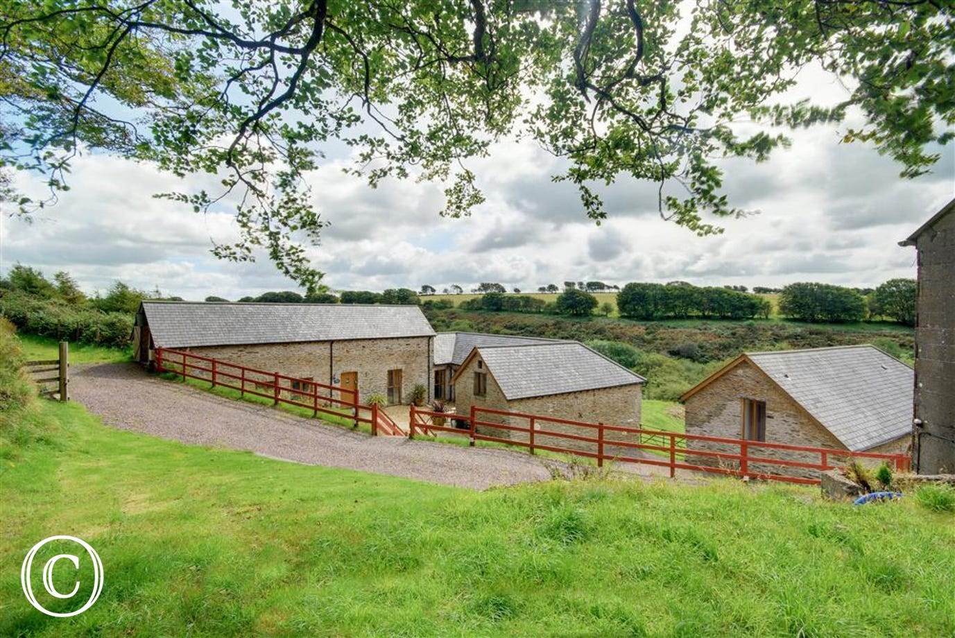 Ettiford Farm Cottages are high quality barn conversions within a traditional farmyard setting