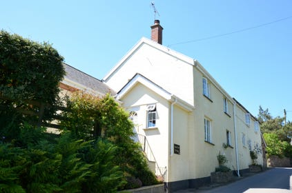 Lower Court Cottage is a charming, high quality two bedroomed semi-detached cottage